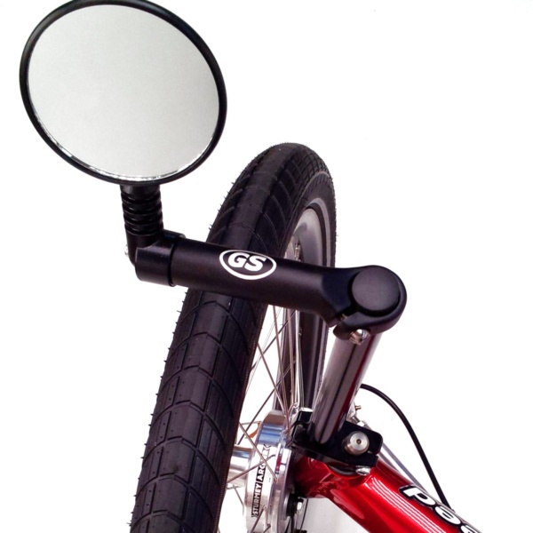 Grab-handle-on-post-with-mirror